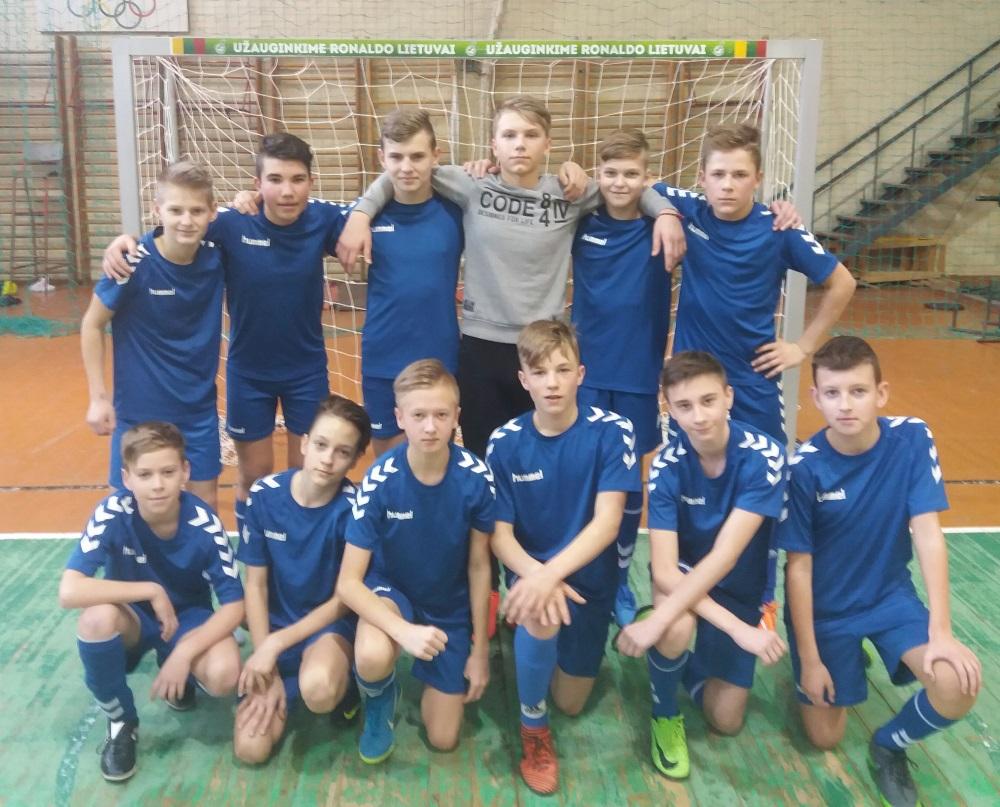 2004-futbolo-komanda